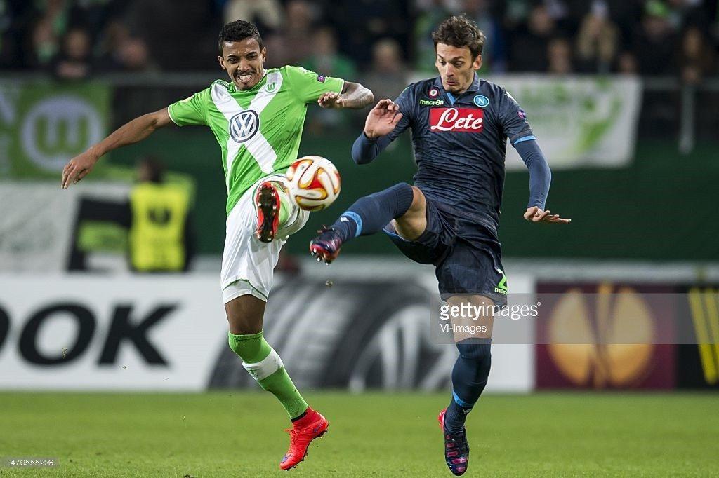 Luiz Gustavo VFL Wolfsburg and Manolo Gabbiadini of SSC Napoli in the UEFA Europa League