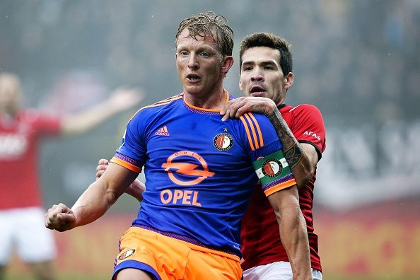 Dirk Kuyt Celso Ortiz during the Dutch Eredivisie match between AZ Alkmaar and Feyenoord Rotterdam at AFAS stadium on January 24, 2016 in Alkmaar, The Netherlands(Photo by VI Images via Getty Images)
