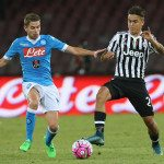 NAPLES, ITALY - SEPTEMBER 26:  Jorginho (L) of Napoli competes for the ball with Paulo Dybala of Juventus during the Serie A match between SSC Napoli and Juventus FC at Stadio San Paolo on September 26, 2015 in Naples, Italy.  (Photo by Maurizio Lagana/Getty Images)