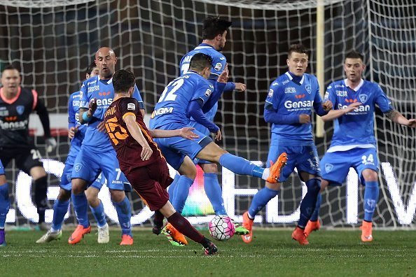 EMPOLI, ITALY - FEBRUARY 27: Miralem Pjanic of AS Roma scores a goal during the Serie A match between Empoli FC and AS Roma at Stadio Carlo Castellani on February 27, 2016 in Empoli, Italy. (Photo by Gabriele Maltinti/Getty Images)