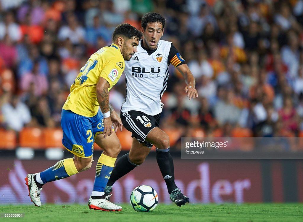 Daniel Parejo (R) of Valencia