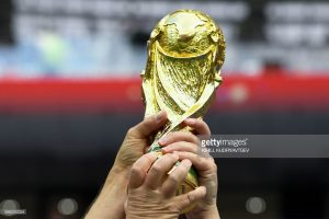 replica of the World Cup trophy, world cup 2018 replica